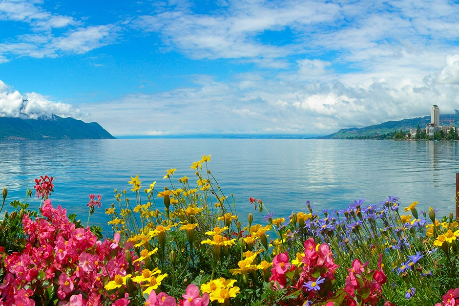 Montreux by the lake